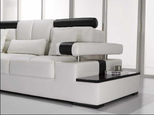Vig Modern White Sectional